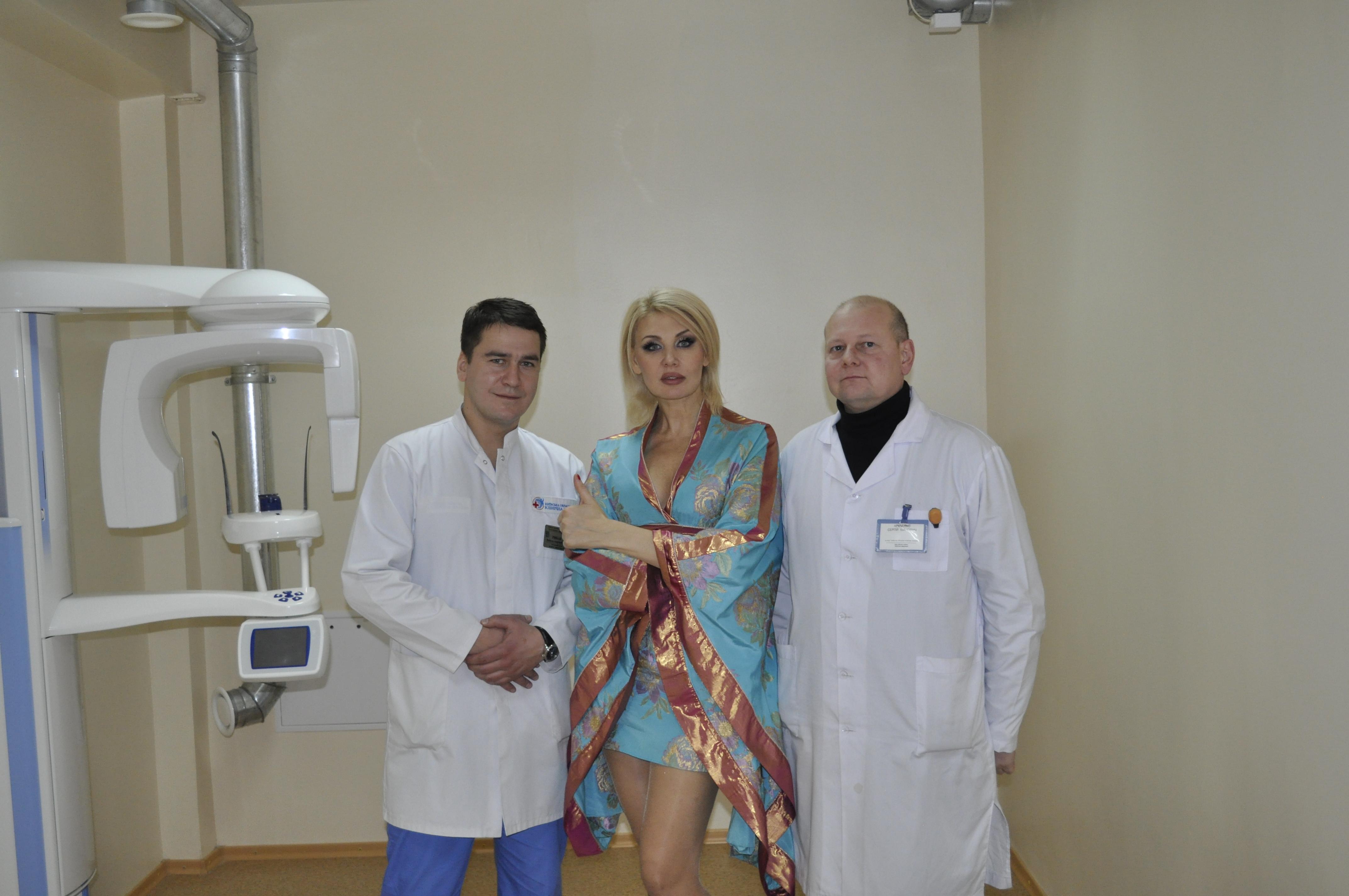 Светлана Вольнова посетила Центр челюстно-лицевой хирургии и стоматологии.